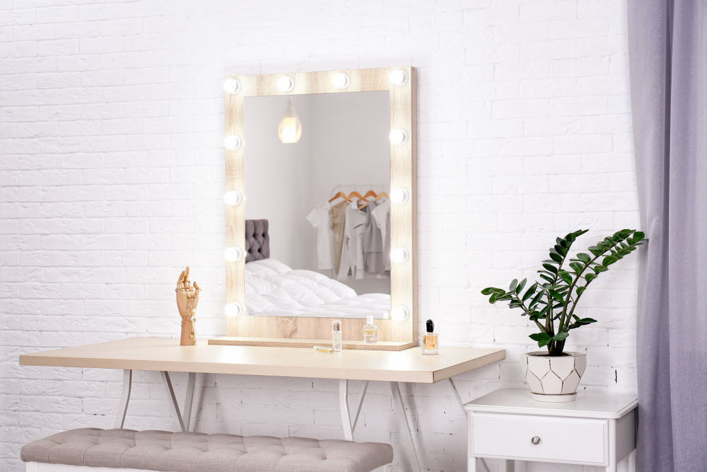 Vanity Lights -