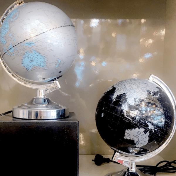 World Globe Touch Lamp -